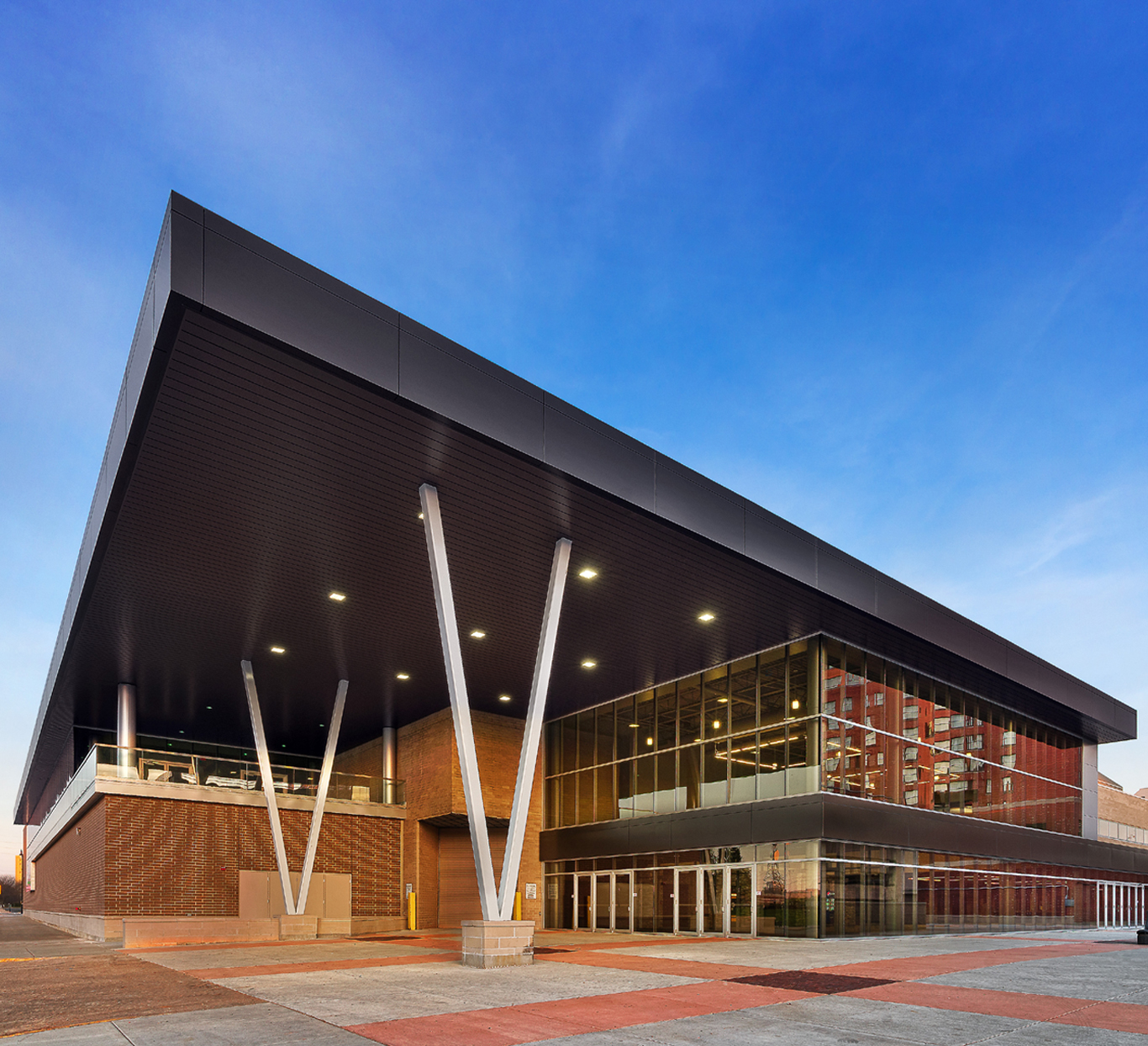Evan Lloyd Architects provided extensive architecture services for the Bank of Springfield Convention Center in Springfield, Illinois, with a complete building renovation. We provided design solutions, color renderings, construction documents, and construction cost estimates