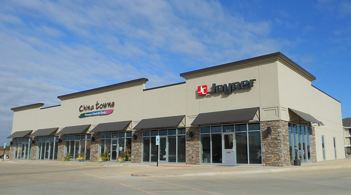 Evan Lloyd Architects provided retail architectural services and new Buildings for Cobblestone Place I & II in Springfield, Illinois.