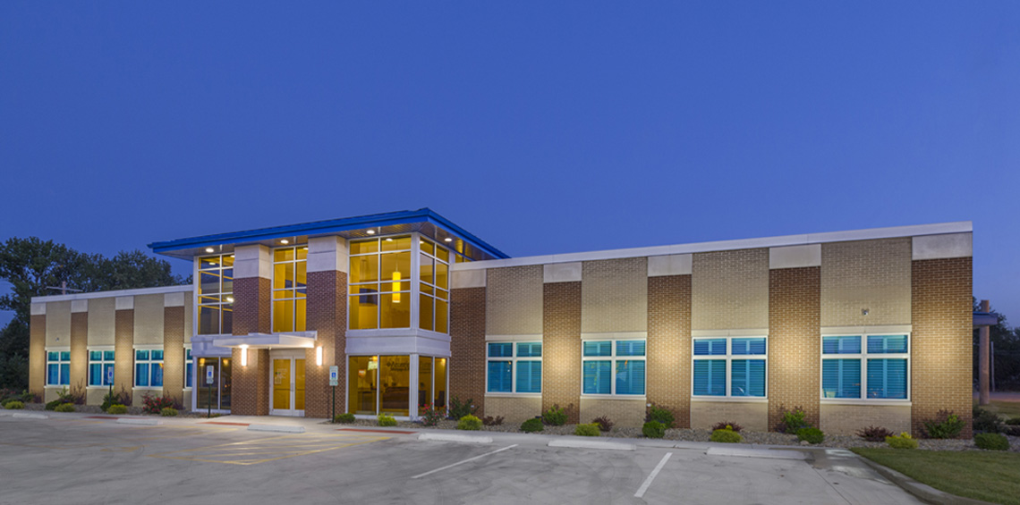 Evan Lloyd Architects provided financial architectural services for Legence Bank Corporate Office in Eldorado, Illinois, with an assessment leading to the construction of a new bank.