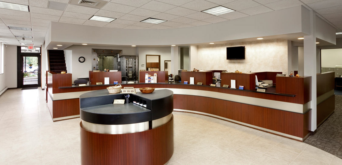 Evan Lloyd Architects provided architectural services for First National Bank of Litchfield in Litchfield, Illinois.