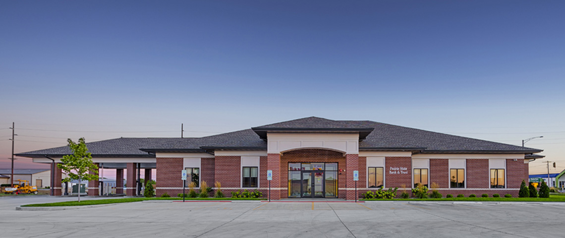 Evan Lloyd Architects provided several architectural services for Prairie State Bank in Bloomington, Decatur, Jacksonville, and Springfield, Illinois.