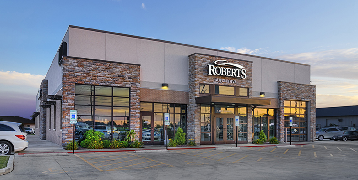 Evan Lloyd Architects provided architectural services for Roberts Automotive in Springfield, Illinois, with a new dealership facility.